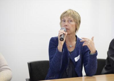 Frau Stiller vom Institut für Jugendhilfe